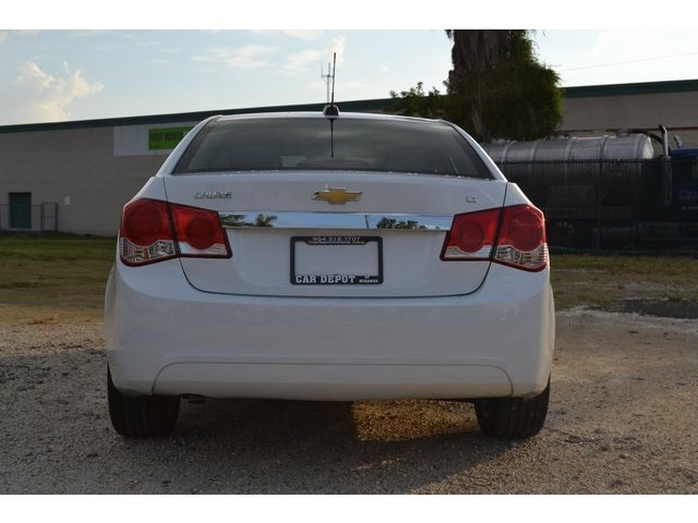 2015 Chevrolet Cruze  4D Sedan  - 203806F - Image 4