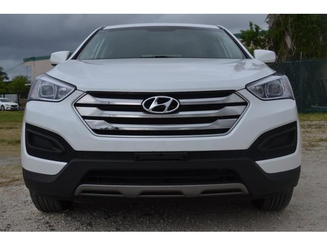2015 Hyundai Santa Fe Sport  4D Sport Utility  - 503039W - Image 2