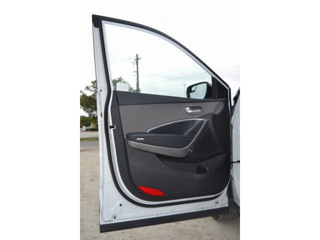 2015 Hyundai Santa Fe Sport  4D Sport Utility  - 503039W - Image 12