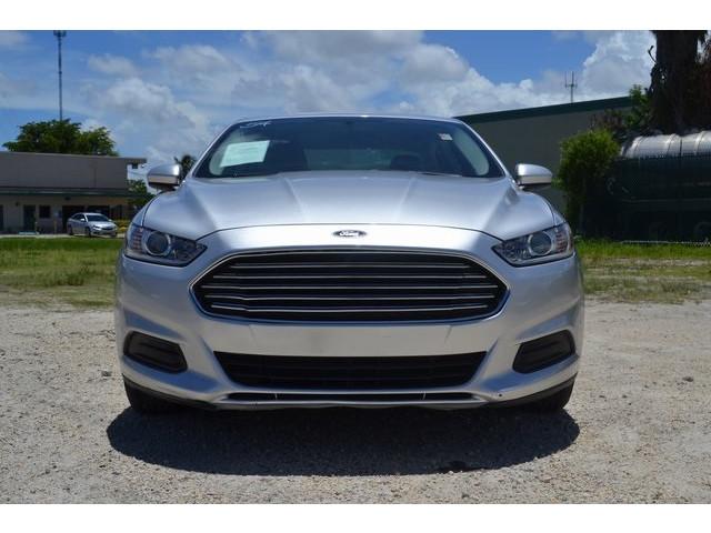 2014 Ford Fusion  4D Sedan  - 203839F - Image 2