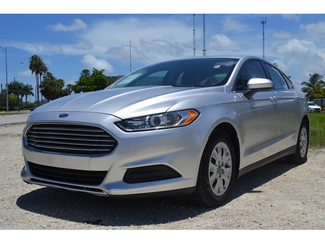 2014 Ford Fusion  4D Sedan  - 203839F - Image 3