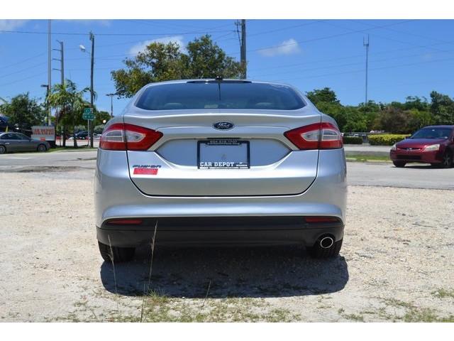 2014 Ford Fusion  4D Sedan  - 203839F - Image 5
