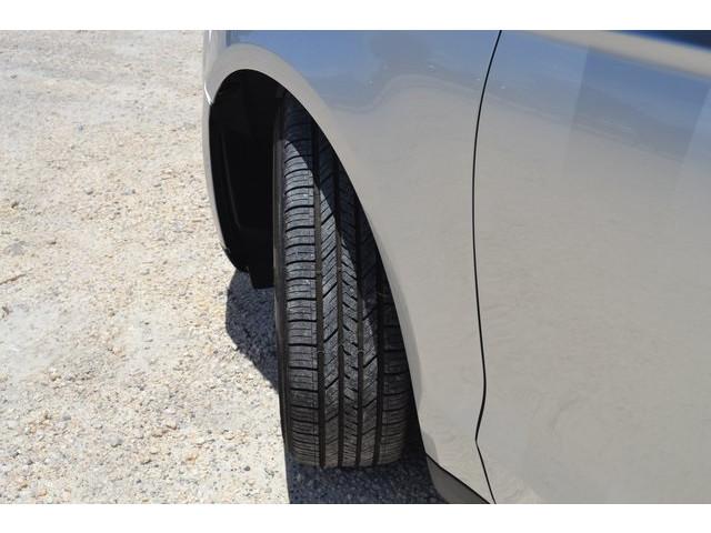 2014 Ford Fusion  4D Sedan  - 203839F - Image 18