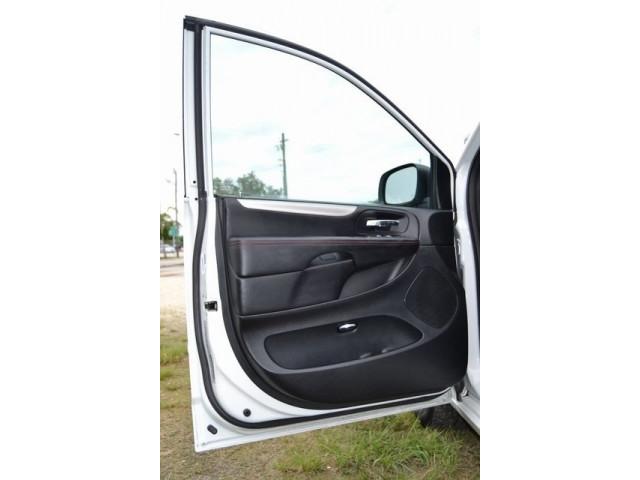 2015 Dodge Grand Caravan 4D Passenger Van - 503053W - Image 12