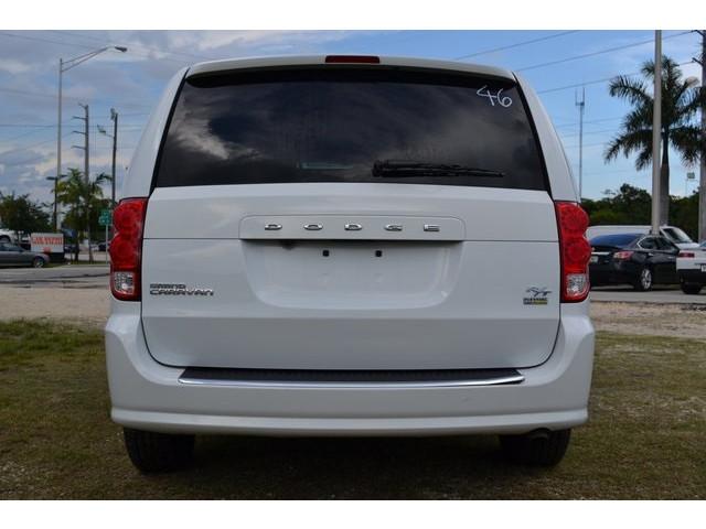 2015 Dodge Grand Caravan 4D Passenger Van - 503053W - Image 5