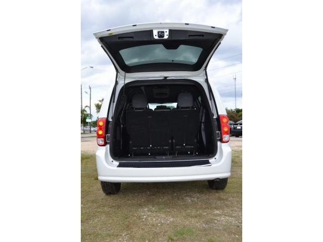 2015 Dodge Grand Caravan  4D Passenger Van  - 503053W - Image 22