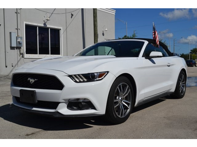 2015 Ford Mustang 2D Convertible - 503103W - Image 3