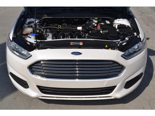 2014 Ford Fusion 4D Sedan - 503398W - Image 19