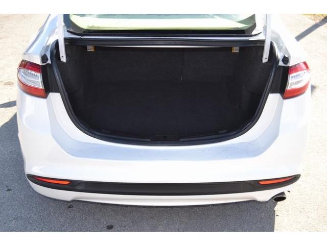 2014 Ford Fusion 4D Sedan - 503398W - Image 24