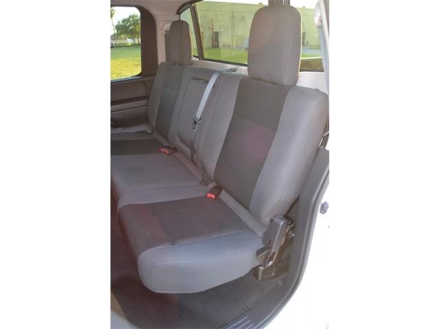 2014 Nissan Titan  4D Crew Cab  - 503420 - Image 8