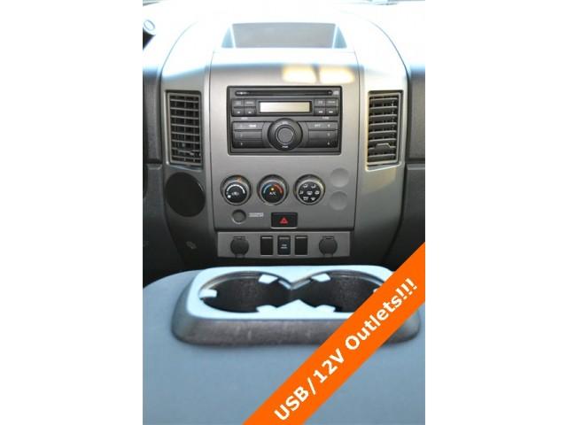 2014 Nissan Titan  4D Crew Cab  - 503420 - Image 10