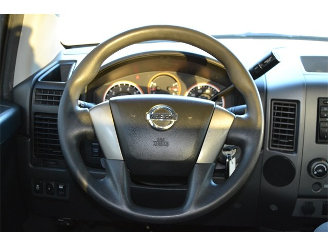 2014 Nissan Titan  4D Crew Cab  - 503420 - Image 12