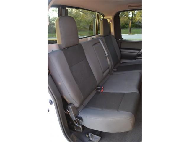 2014 Nissan Titan  4D Crew Cab  - 503420 - Image 16