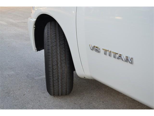 2014 Nissan Titan  4D Crew Cab  - 503420 - Image 20