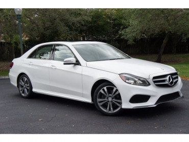 2014 Mercedes-Benz E-Class Base 4D Sedan  - 503458W - Image 1