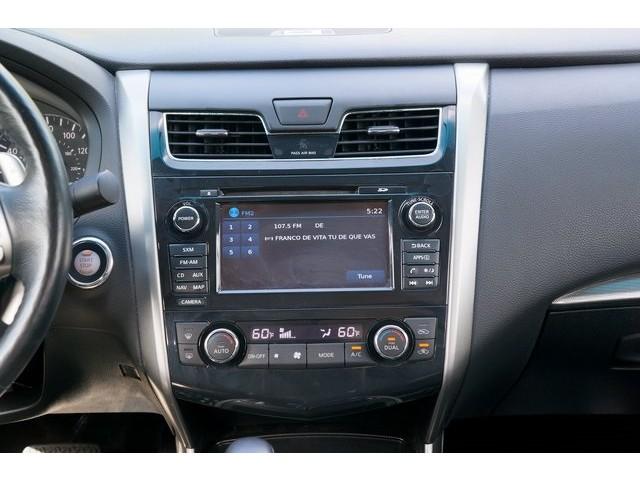 2015 Nissan Altima  4D Sedan  - 503573 - Image 35