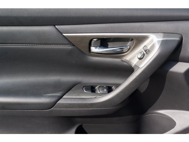 2015 Nissan Altima  4D Sedan  - 503573 - Image 16
