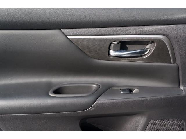 2015 Nissan Altima  4D Sedan  - 503573 - Image 23