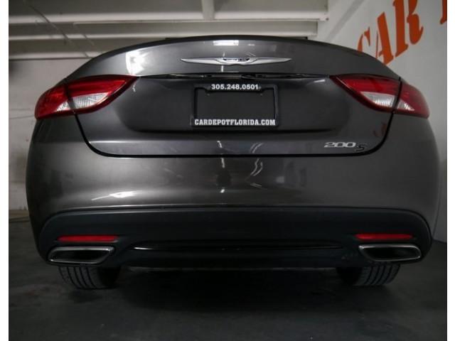 2015 Chrysler 200 4D Sedan - 503639W - Image 12