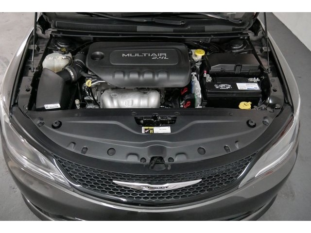 2015 Chrysler 200  4D Sedan  - 503639W - Image 7