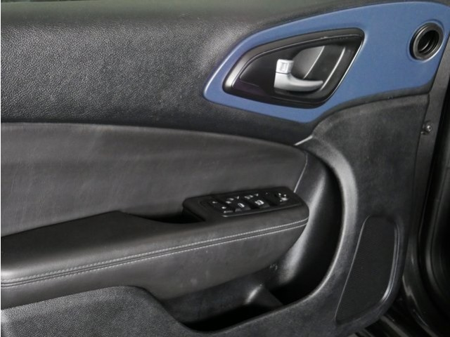 2015 Chrysler 200  4D Sedan  - 503639W - Image 13