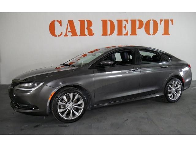 2015 Chrysler 200 4D Sedan - 503639W - Image 3