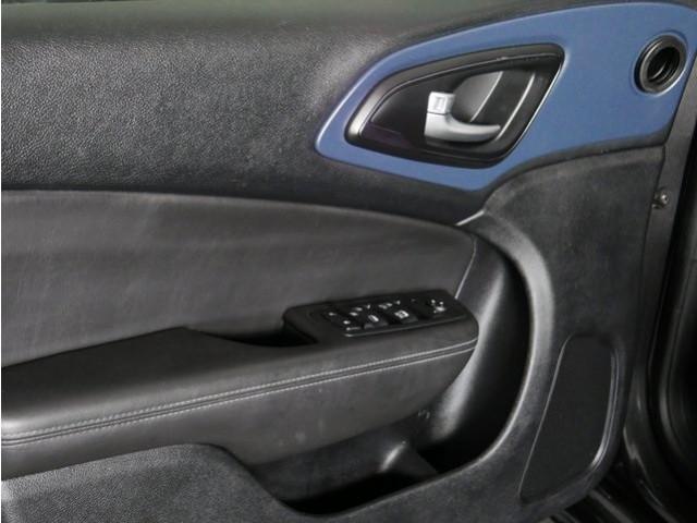 2015 Chrysler 200 4D Sedan - 503639W - Image 13