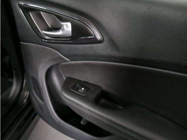 2015 Chrysler 200 4D Sedan - 503639W - Image 23