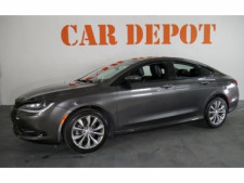 2015 Chrysler 200 4D Sedan - 503639W - Thumbnail 3