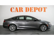 2015 Chrysler 200 4D Sedan - 503639W - Thumbnail 8