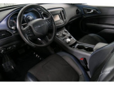 2015 Chrysler 200 4D Sedan - 503639W - Thumbnail 16
