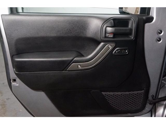 2014 Jeep Wrangler 4D Sport Utility - 503671W - Image 18