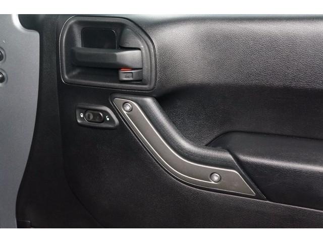 2014 Jeep Wrangler 4D Sport Utility - 503671W - Image 31