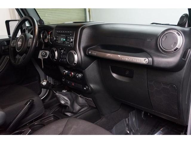 2014 Jeep Wrangler 4D Sport Utility - 503671W - Image 32