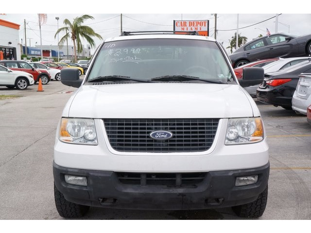 2006 Ford Expedition 4D Sport Utility - 503661B - Image 2