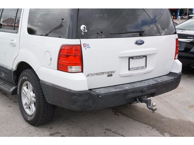 2006 Ford Expedition 4D Sport Utility - 503661B - Image 11