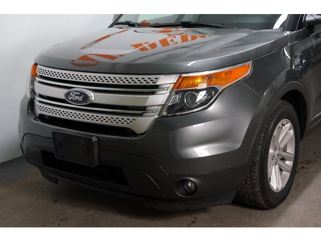 2015 Ford Explorer  4D Sport Utility  - 503806W - Image 10