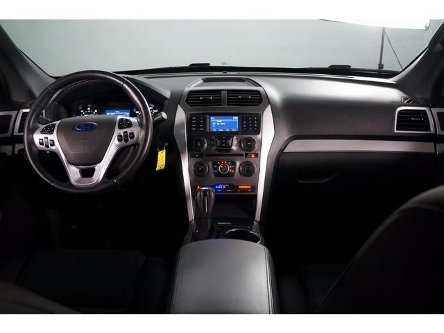 2015 Ford Explorer  4D Sport Utility  - 503806W - Image 31