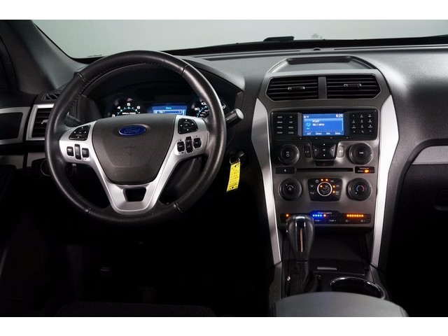 2015 Ford Explorer 4D Sport Utility - 503806W - Image 32