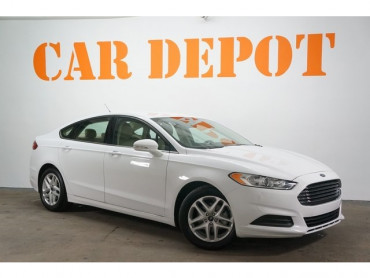 2015 Ford Fusion  4D Sedan  - 503865W - Image 1