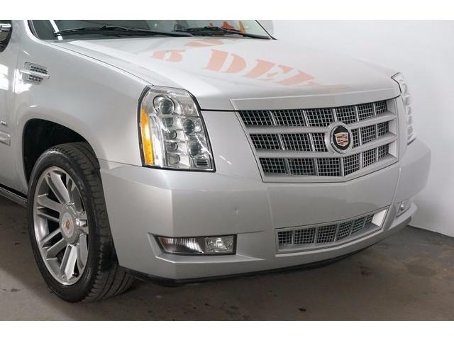 2014 Cadillac Escalade 4D Sport Utility - 503869W - Image 9