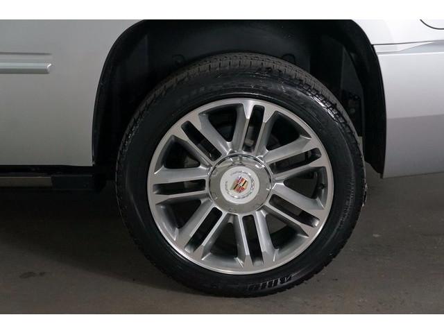 2014 Cadillac Escalade 4D Sport Utility - 503869W - Image 13