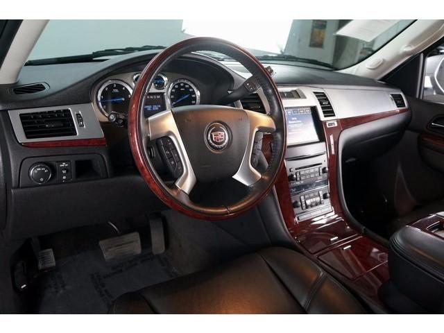 2014 Cadillac Escalade 4D Sport Utility - 503869W - Image 18