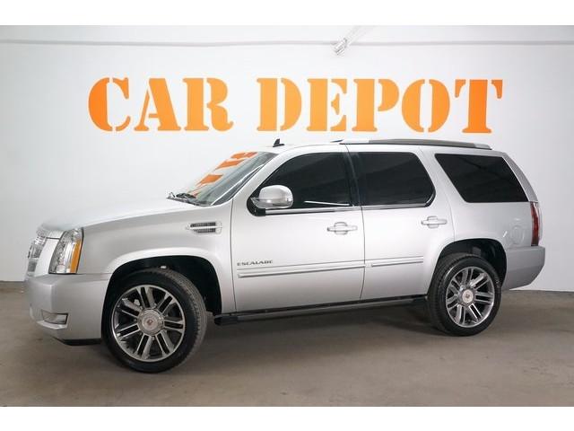 2014 Cadillac Escalade 4D Sport Utility - 503869W - Image 3