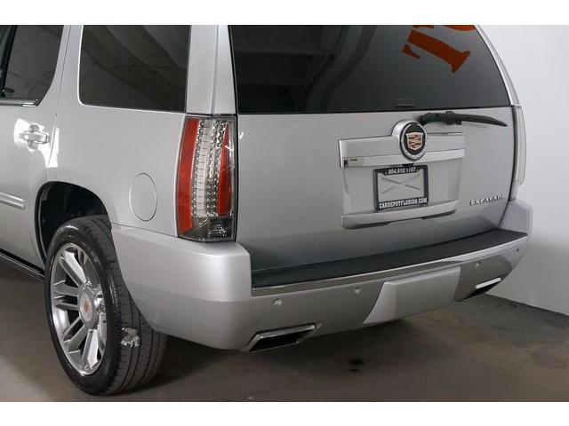 2014 Cadillac Escalade 4D Sport Utility - 503869W - Image 11