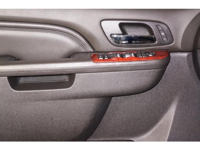 2014 Cadillac Escalade 4D Sport Utility - 503869W - Image 17