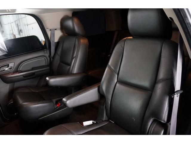 2014 Cadillac Escalade 4D Sport Utility - 503869W - Image 25