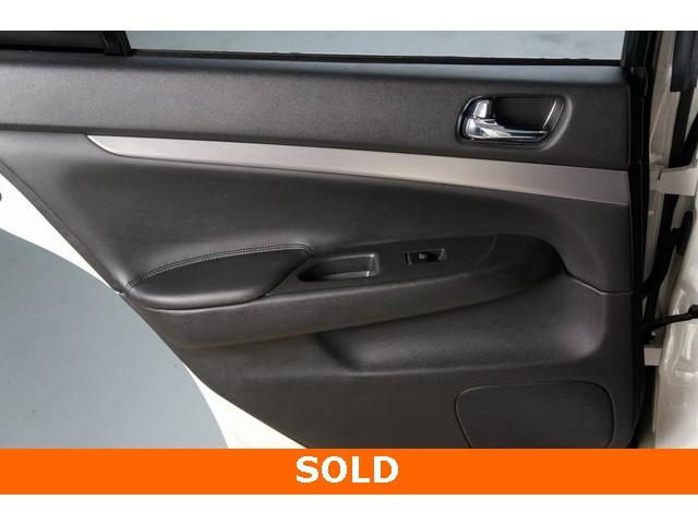 2015 INFINITI Q40 4D Sedan - 504050W - Image 22