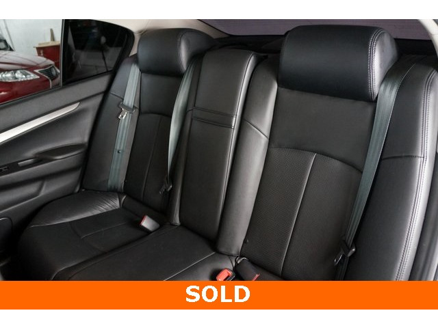 2015 INFINITI Q40 4D Sedan - 504050W - Image 24