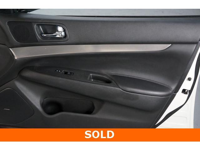 2015 INFINITI Q40 4D Sedan - 504050W - Image 25
